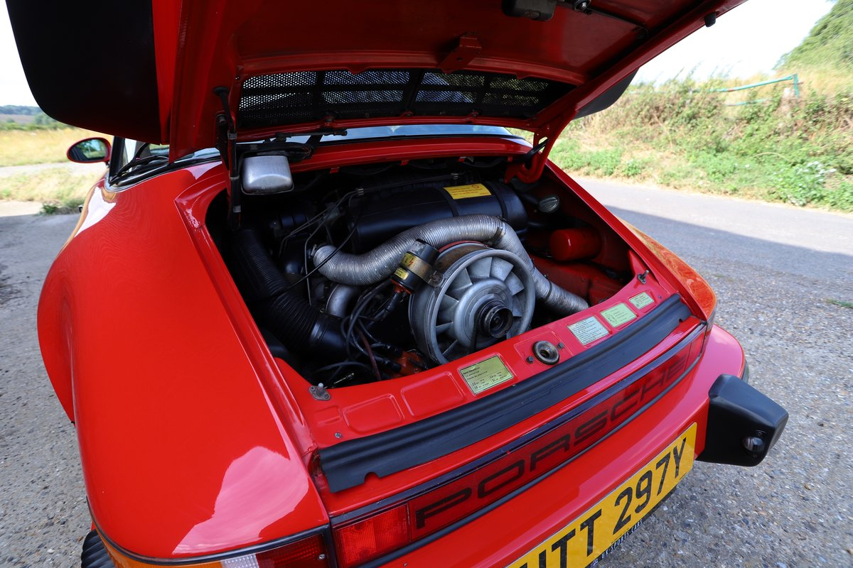 Porsche 911 SC Sport Targa, 1982. Guards Red SOLD (picture 6 of 6)
