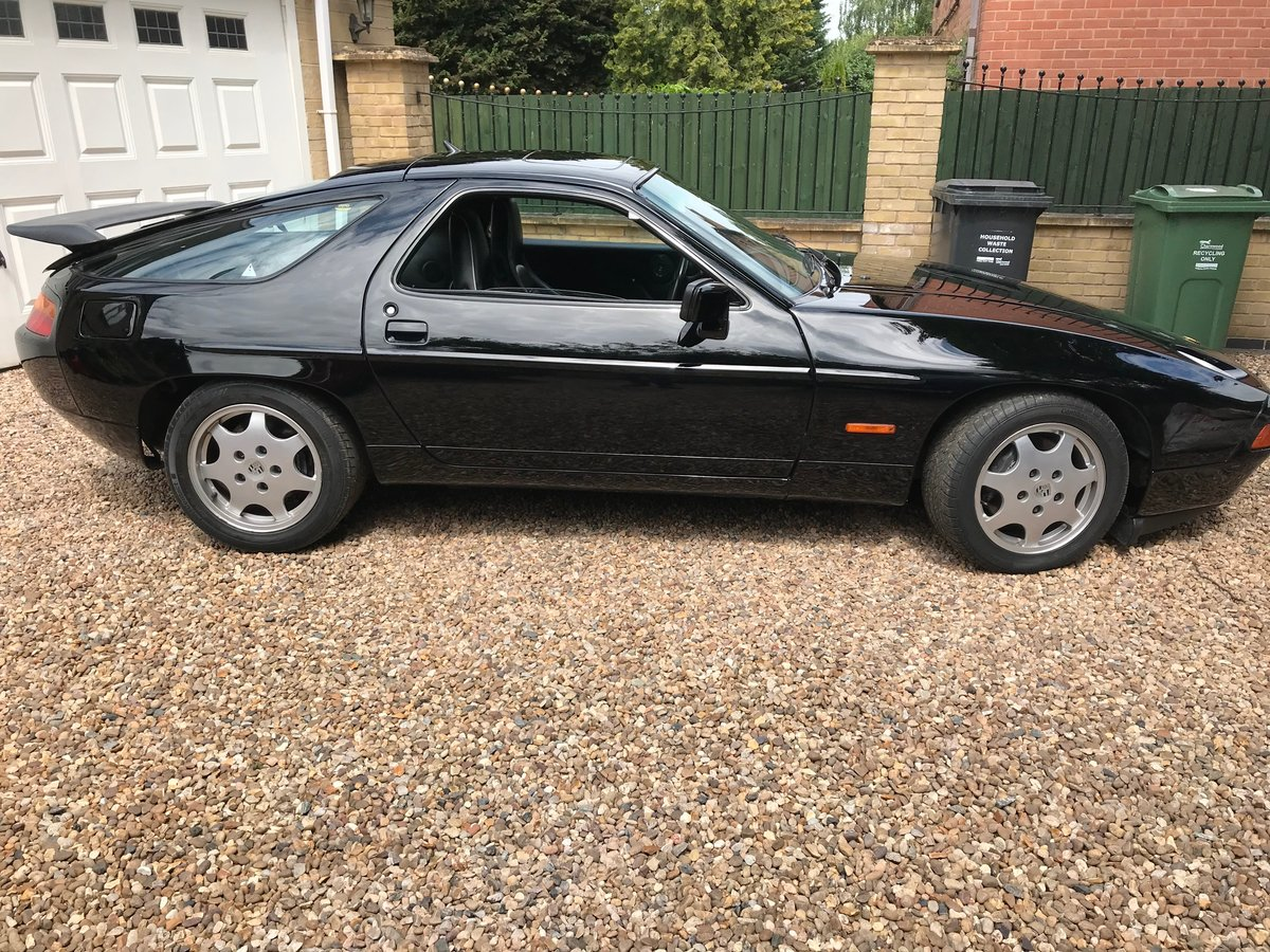 1991 Porsche 928 RARE GT Manual For Sale (picture 5 of 6)