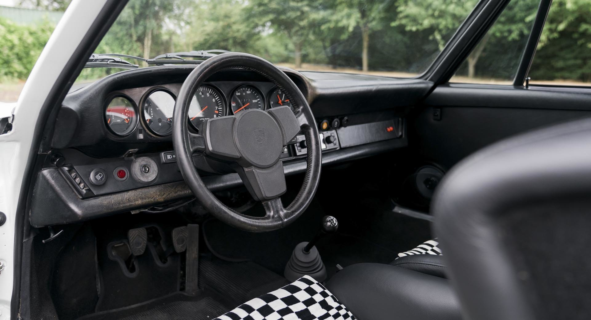 1974 Porsche 911 2.7 MFI SOLD (picture 3 of 6)