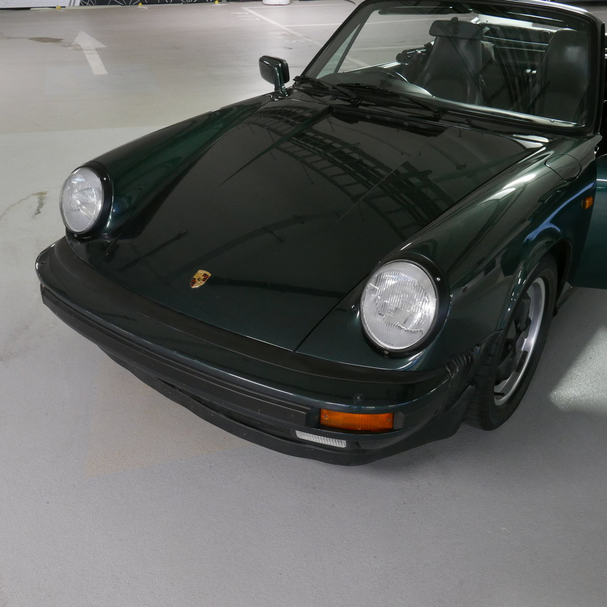 1986 Porsche 911 Carrera Cabriolet RHD  SOLD (picture 13 of 19)