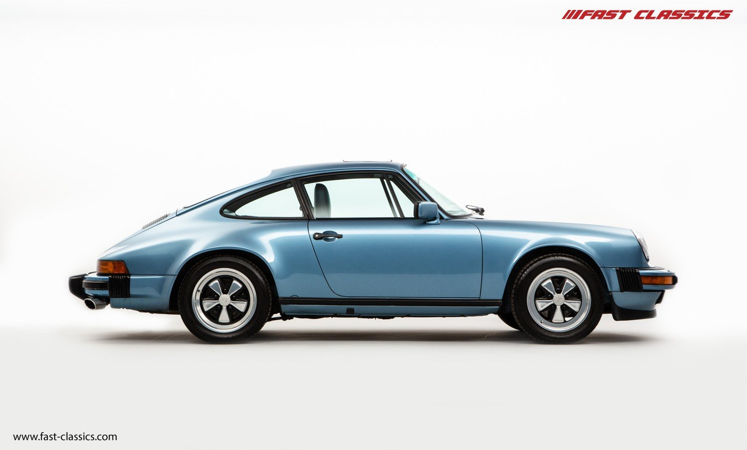 1986 PORSCHE 911 CARRERA 3.2 // IRIS BLUE WITH BLUE LEATHER  For Sale (picture 1 of 6)