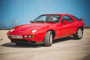 1986 Porsche 928 S2 Guards Red, recommissioned! FSH. For Sale