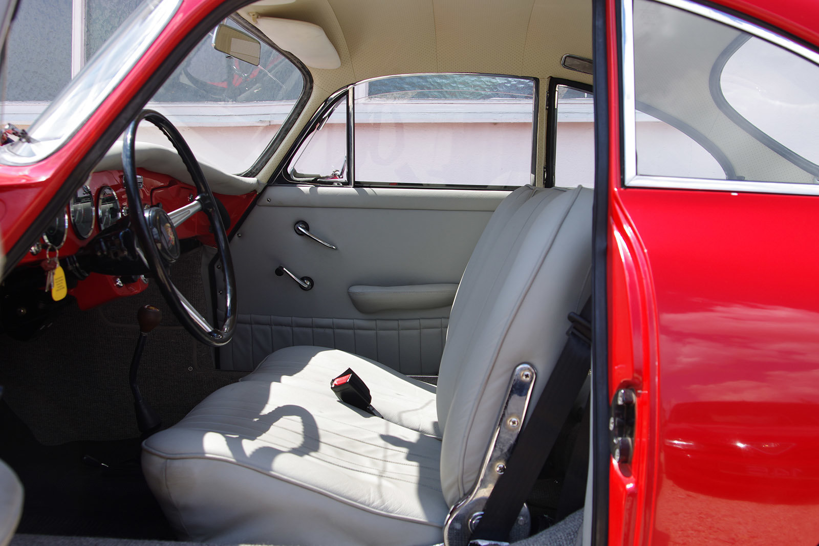 1964 Porsche 356 C Coupé *restored* MATCHING NUMBERS* For Sale (picture 4 of 6)