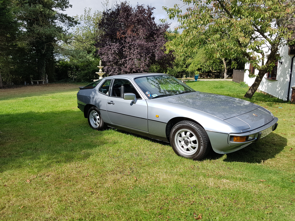 1985 Porsche 924 For Sale by Auction (picture 1 of 6)