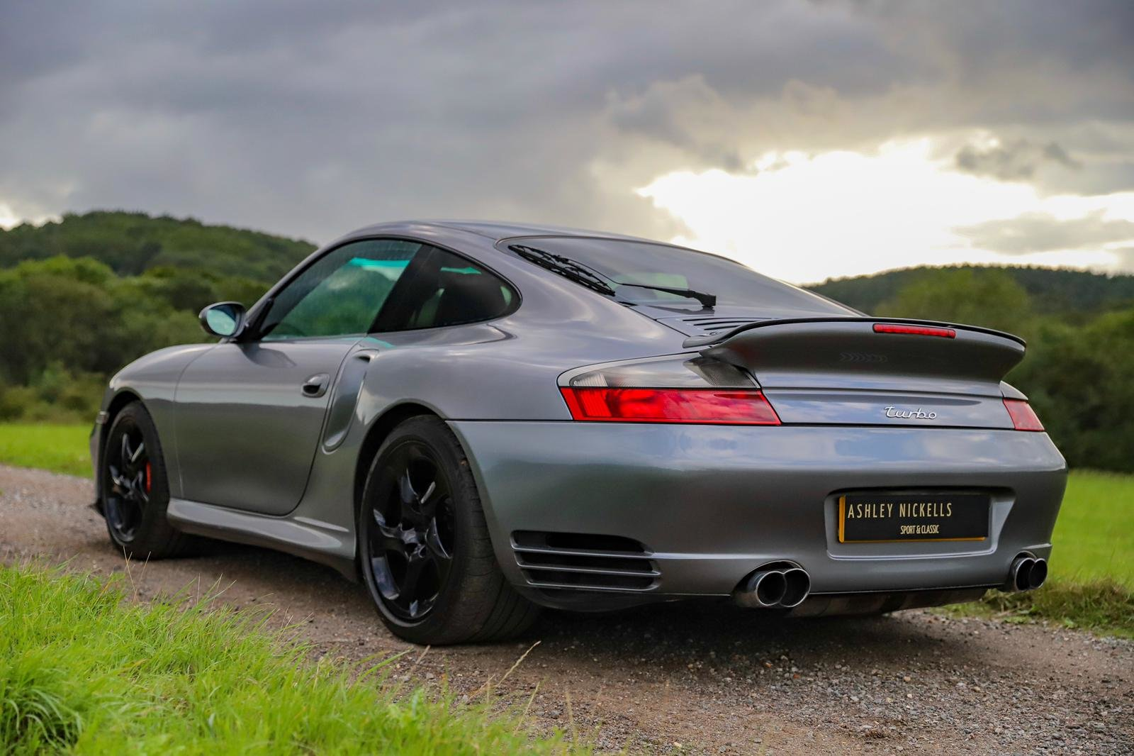 2000 PORSCHE 996 TURBO - MANUAL COUPE - 20 SERVICE STAMPS For Sale (picture 3 of 6)