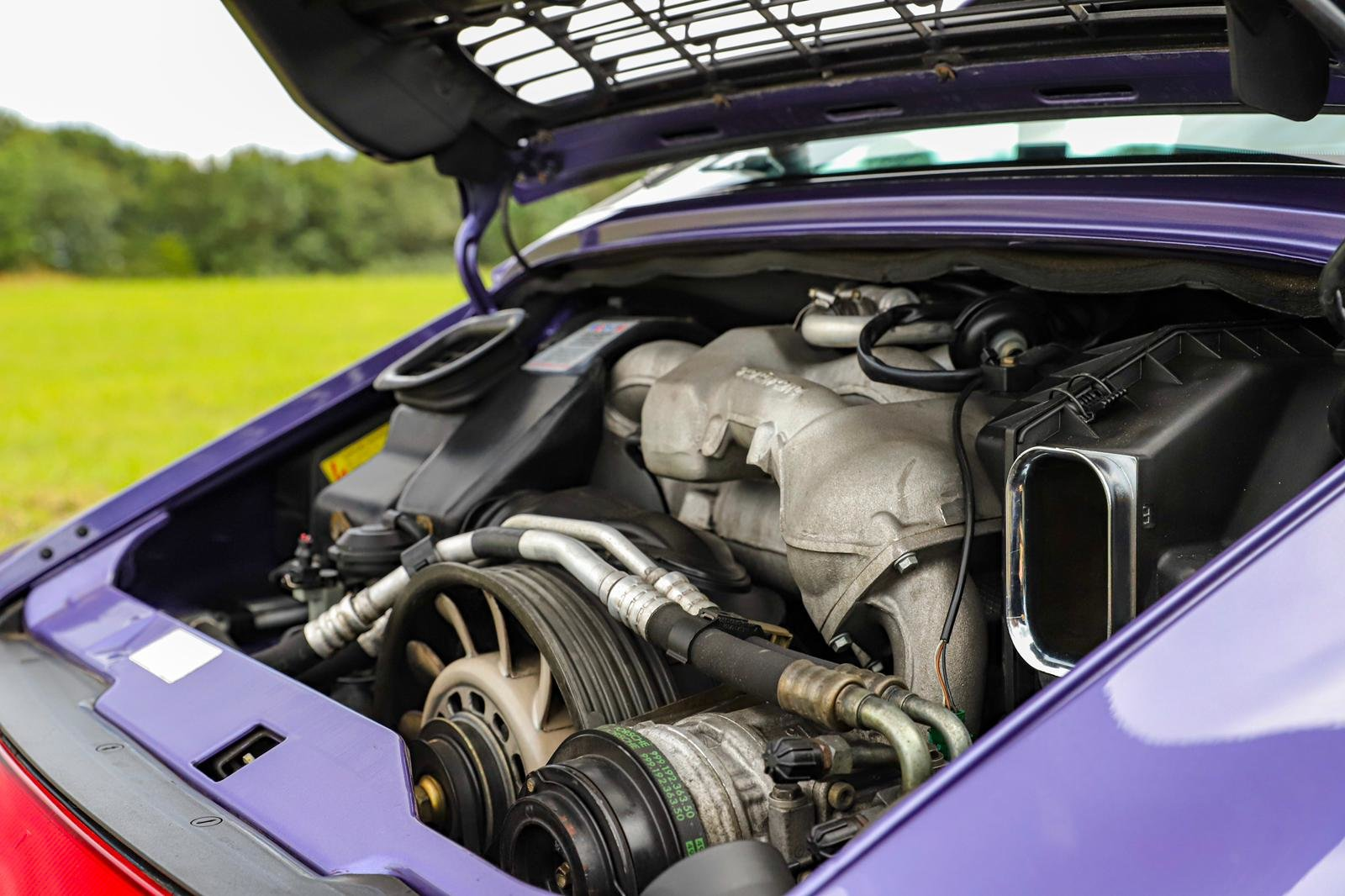 1998 RARE 993 LOW MILEAGE MANUAL C 4S - SPECTACULAR VIOLET BLUE   For Sale (picture 6 of 6)