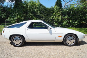 1985 PORSCHE 928S2 beautiful example,low miles LARGE HISTORY FILE