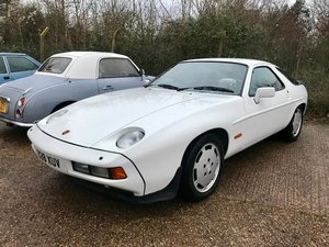 1986 Porsche 928 S ONLY 96,000MILES, huge Service History File !