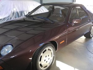 1982 Porsche 928S Manual LHD For Sale