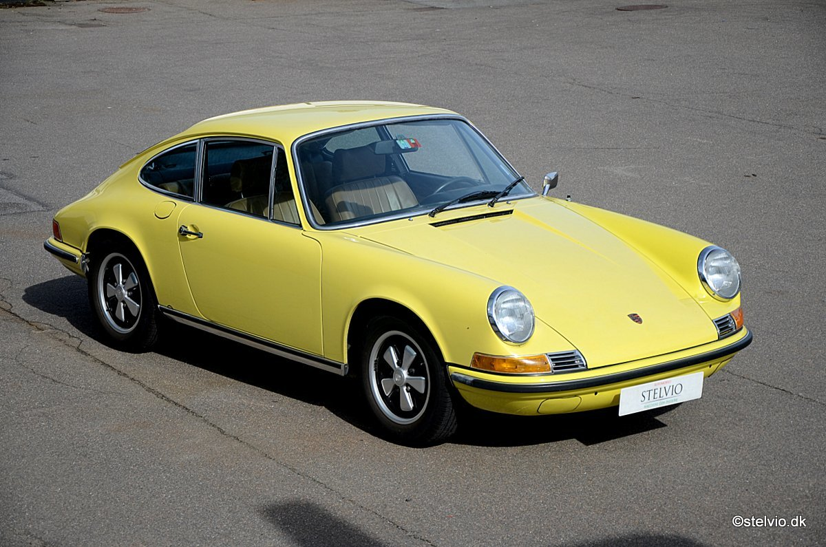 1972 Porsche 911 T 2.4 Pristine car with full matching numbers For Sale (picture 4 of 6)