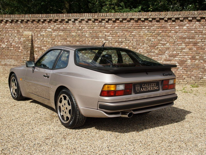 1988 Porsche 944 Turbo S 'Silver Rose' Edition M758 code. For Sale (picture 2 of 6)