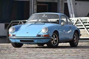 1970 Porsche 911 2.2L E                          For Sale by Auction