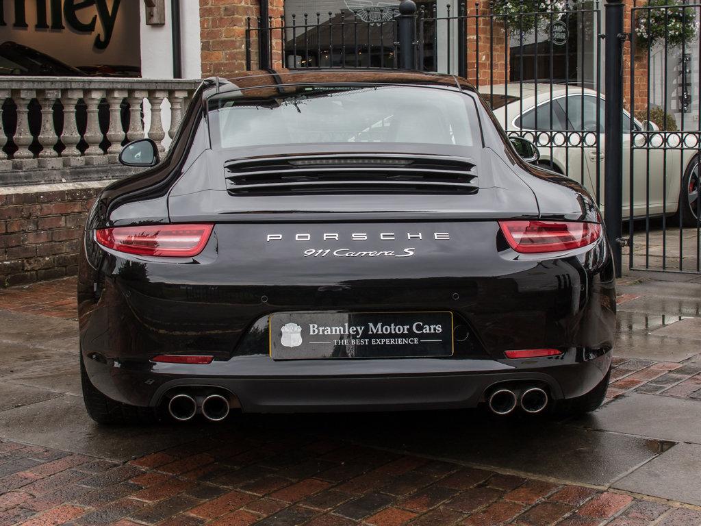 2015 Porsche (991) 911 Carrera S Coupe - PDK  Surrey Near London  For Sale (picture 6 of 18)