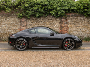 2018 Porsche 718 Cayman S  Surrey Near London Hampshire Sussex  B