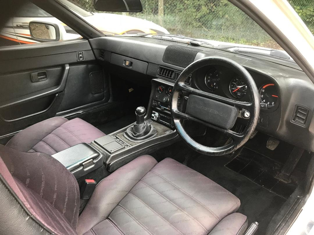 1986 Porsche 924 S ...Huge Service History..New Sills both sides  For Sale (picture 2 of 21)