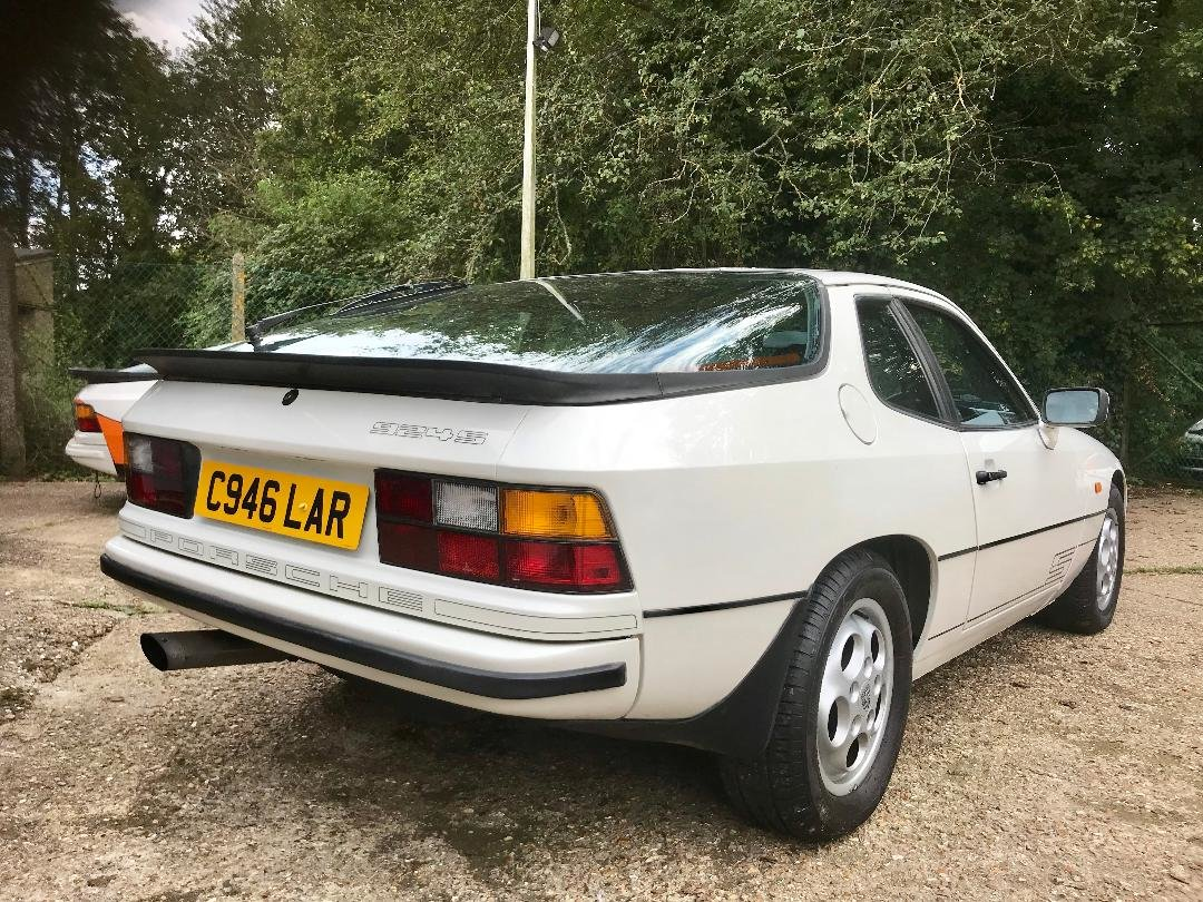 1986 Porsche 924 S ...Huge Service History..New Sills both sides  For Sale (picture 5 of 21)