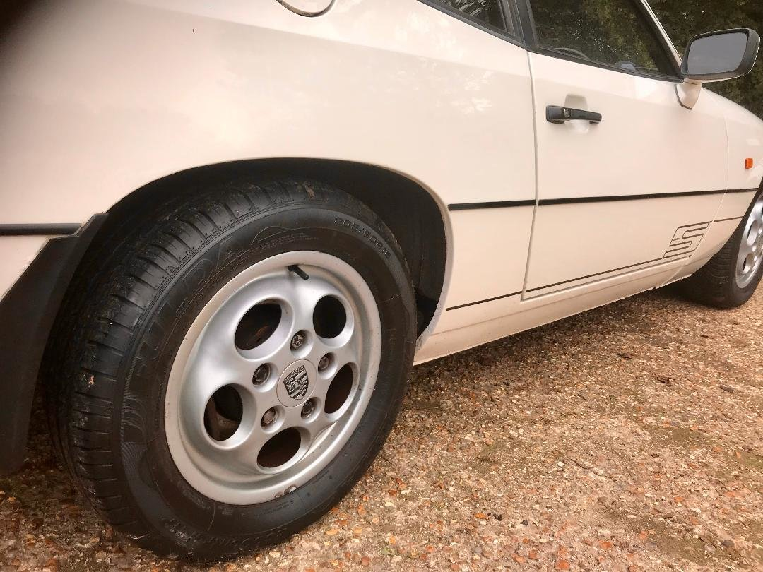 1986 Porsche 924 S ...Huge Service History..New Sills both sides  For Sale (picture 15 of 21)