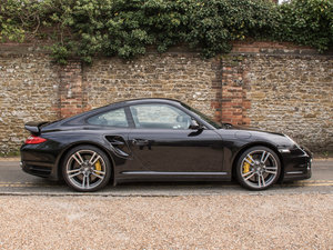 2011 Porsche    (997) 911 Turbo S Coupe