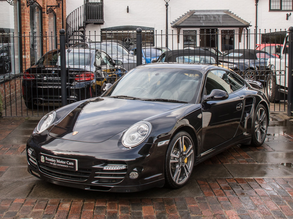2011 Porsche    (997) 911 Turbo S Coupe  For Sale (picture 4 of 18)