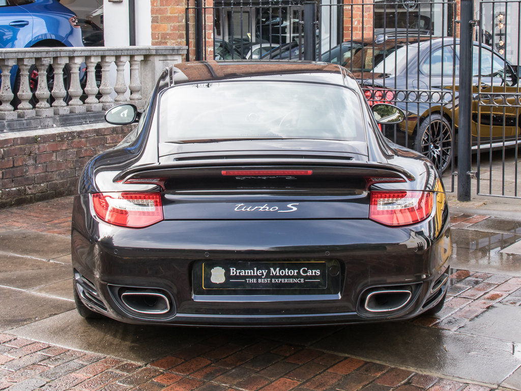 2011 Porsche    (997) 911 Turbo S Coupe  For Sale (picture 6 of 18)