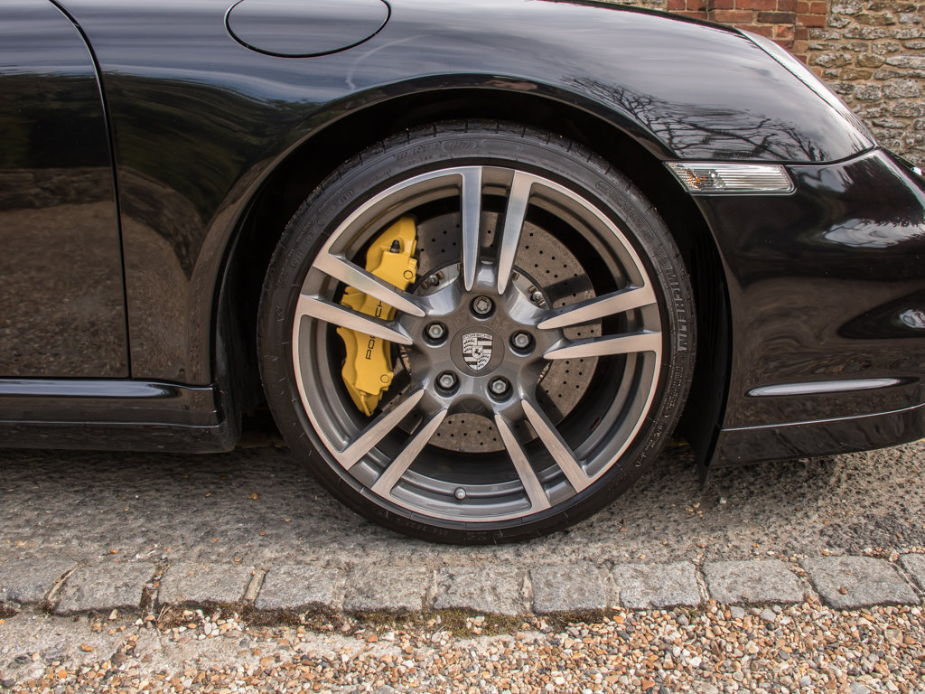 2011 Porsche    (997) 911 Turbo S Coupe  For Sale (picture 8 of 18)