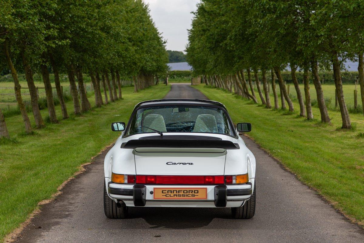 1989 Porsche 911 3.2 Carrera Targa For Sale (picture 2 of 6)