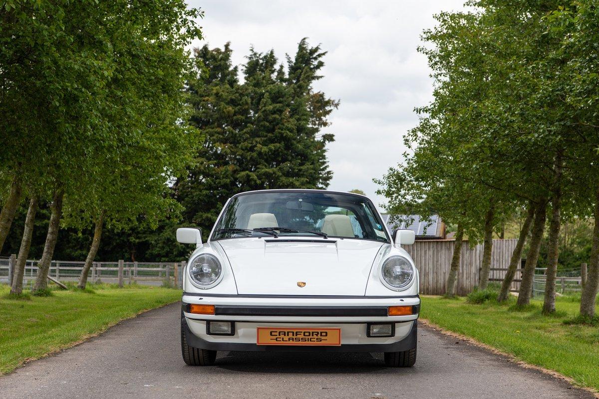 1989 Porsche 911 3.2 Carrera Targa For Sale (picture 3 of 6)