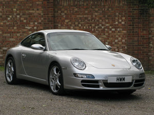 Picture of 2005-PORSCHE 997 C2S COUPE SOLD