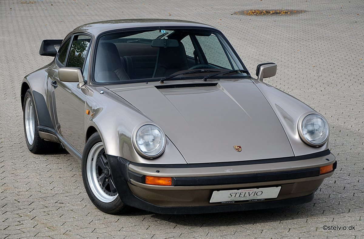 1983 Porsche 930 matching numbers and colors For Sale (picture 1 of 6)
