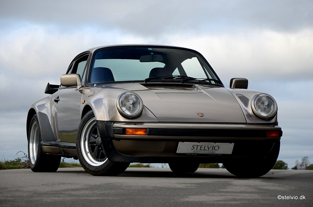 1983 Porsche 930 matching numbers and colors For Sale (picture 3 of 6)