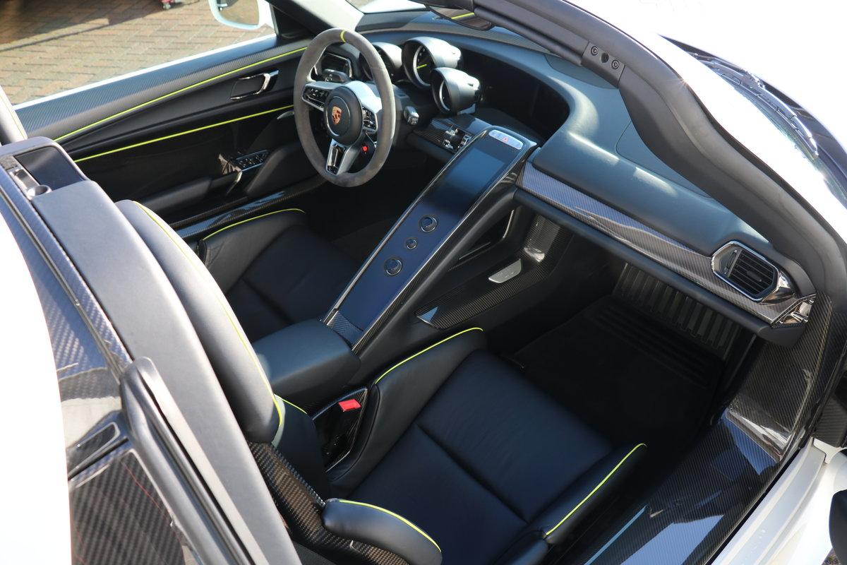 2015 Porsche 918 Spyder - Recent major service at Porsche Reading For Sale (picture 6 of 6)