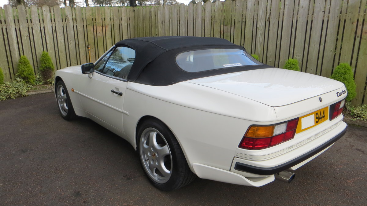 1989 Porsche 944 S2 3L Cabriolet Collectable low miles For Sale (picture 1 of 6)