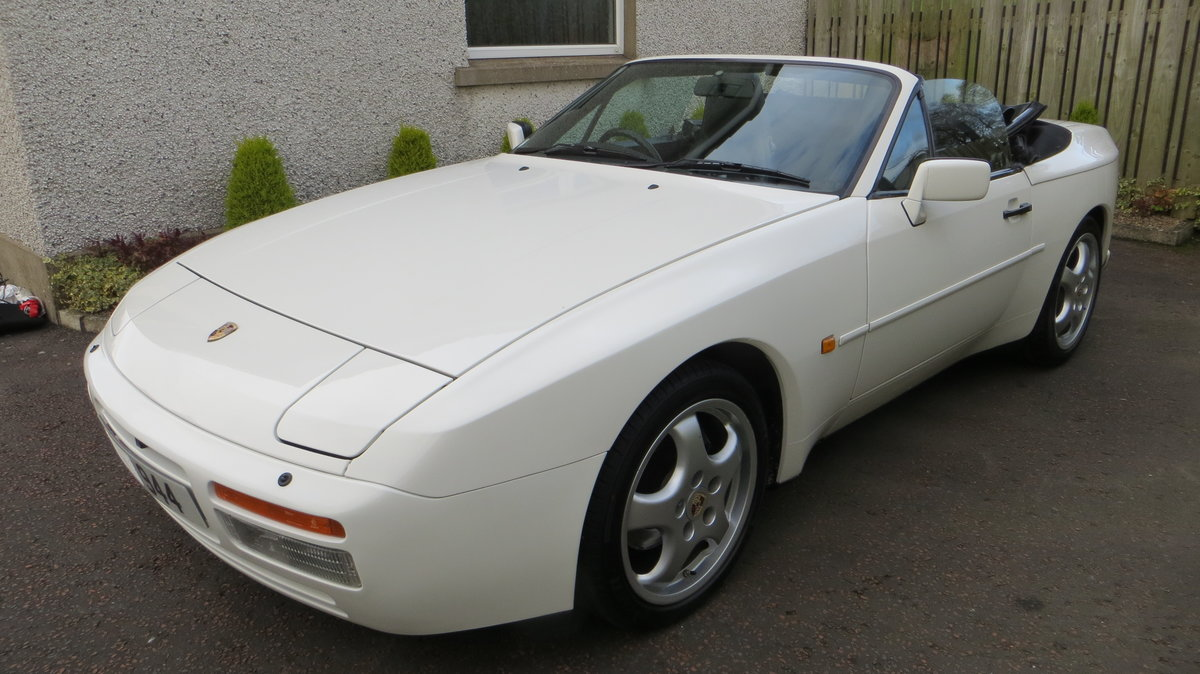 1989 Porsche 944 S2 3L Cabriolet Collectable low miles For Sale (picture 4 of 6)
