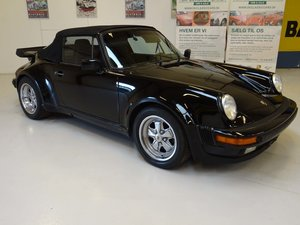 1973 Porsche 911 Turbo (930) replica