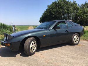 1987 PORSCHE 924S immaculate state