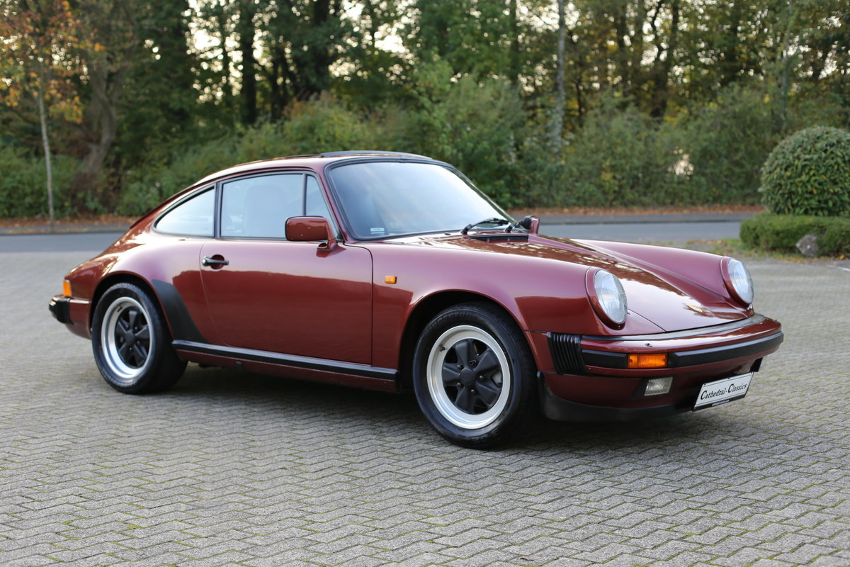 1985 Euro specification Porsche 911 Carrera 3.2 Coupe 231ps For Sale (picture 5 of 6)