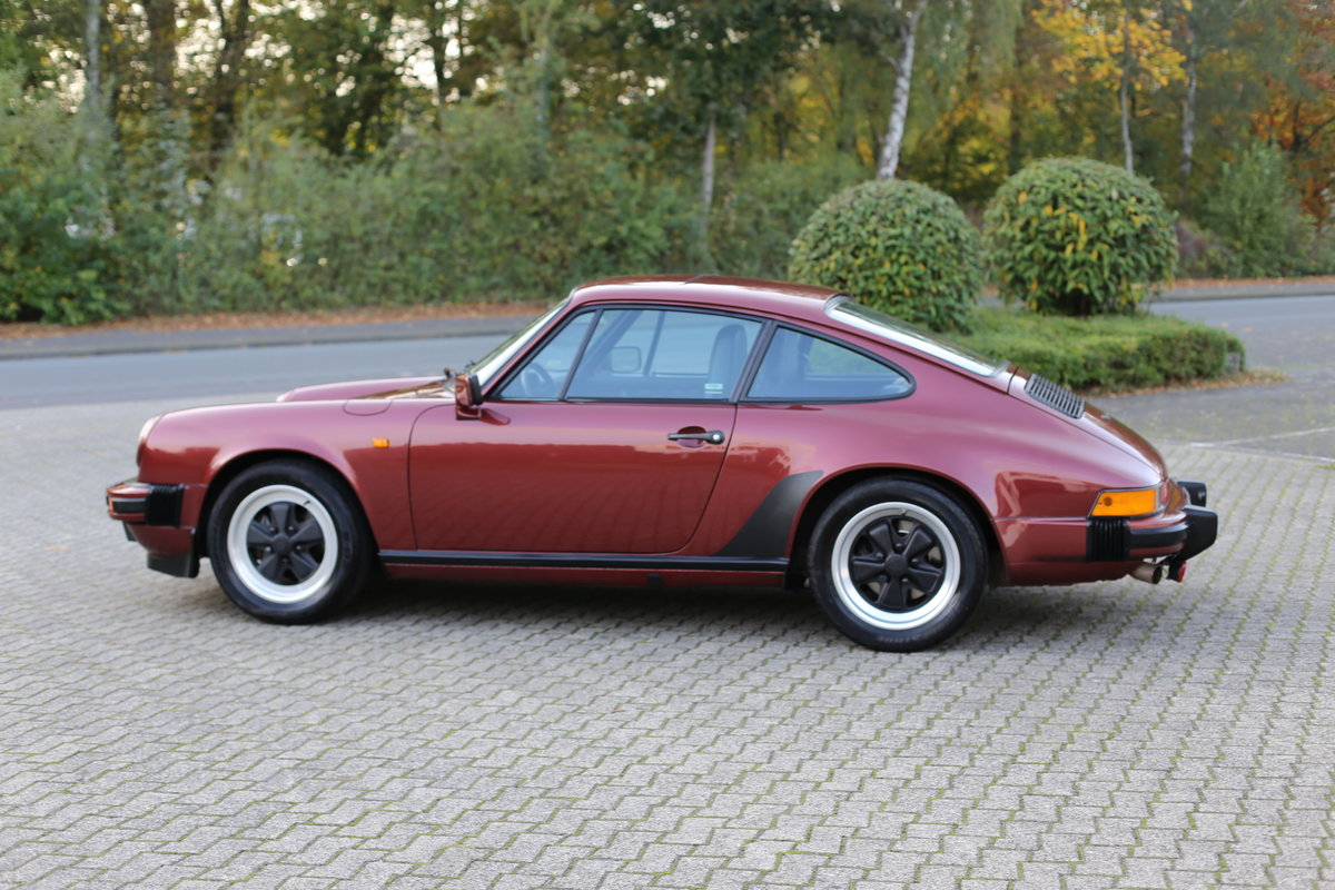 1985 Euro specification Porsche 911 Carrera 3.2 Coupe 231ps For Sale (picture 6 of 6)