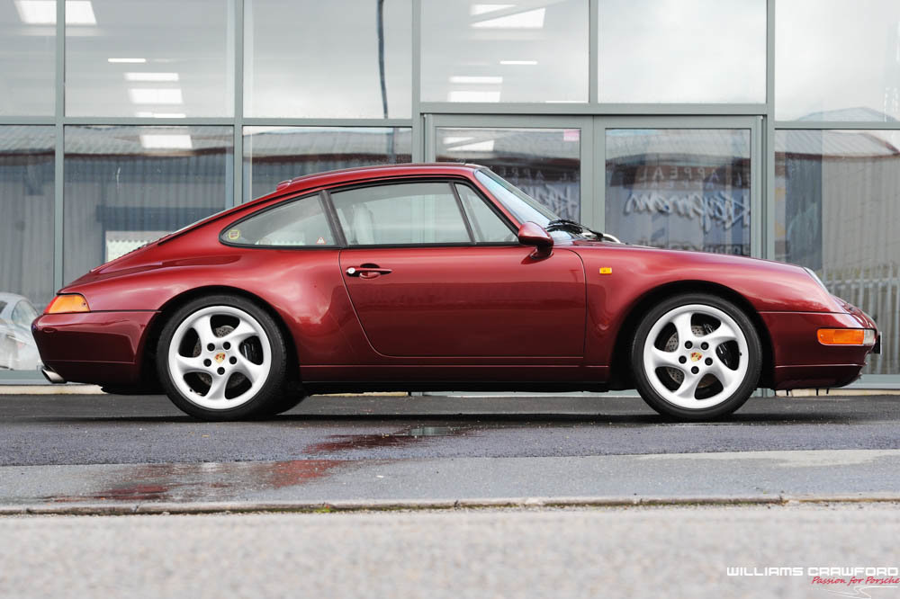 1996 Porsche 993 Carrera manual coupe For Sale (picture 3 of 6)