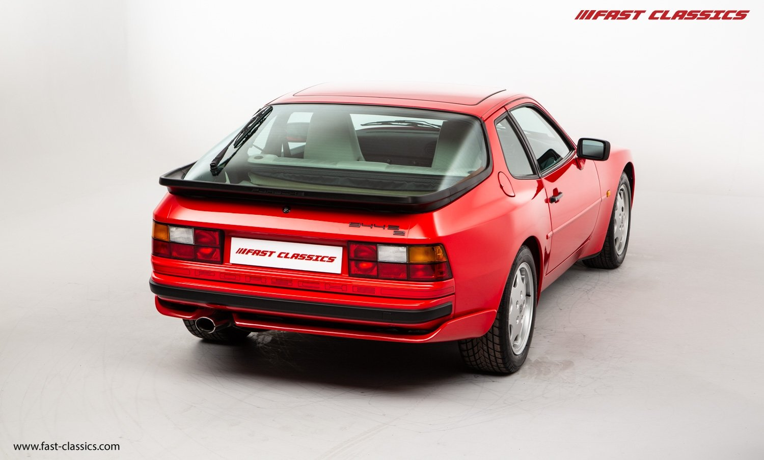 1990 PORSCHE 944 S2 // STUNNING GUARDS RED // 27K MILES // FAMILY For Sale (picture 9 of 23)