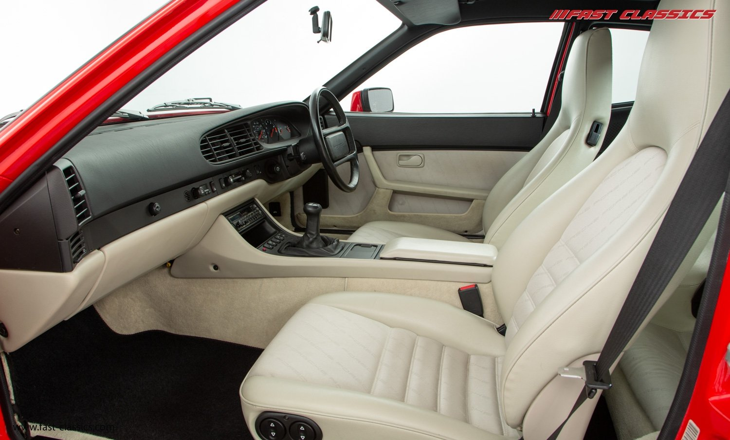 1990 PORSCHE 944 S2 // STUNNING GUARDS RED // 27K MILES // FAMILY For Sale (picture 12 of 23)
