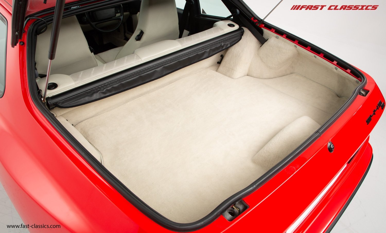1990 PORSCHE 944 S2 // STUNNING GUARDS RED // 27K MILES // FAMILY For Sale (picture 15 of 23)