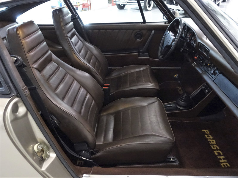 1983 Porsche 911SC Sunroof Coupe For Sale (picture 5 of 6)
