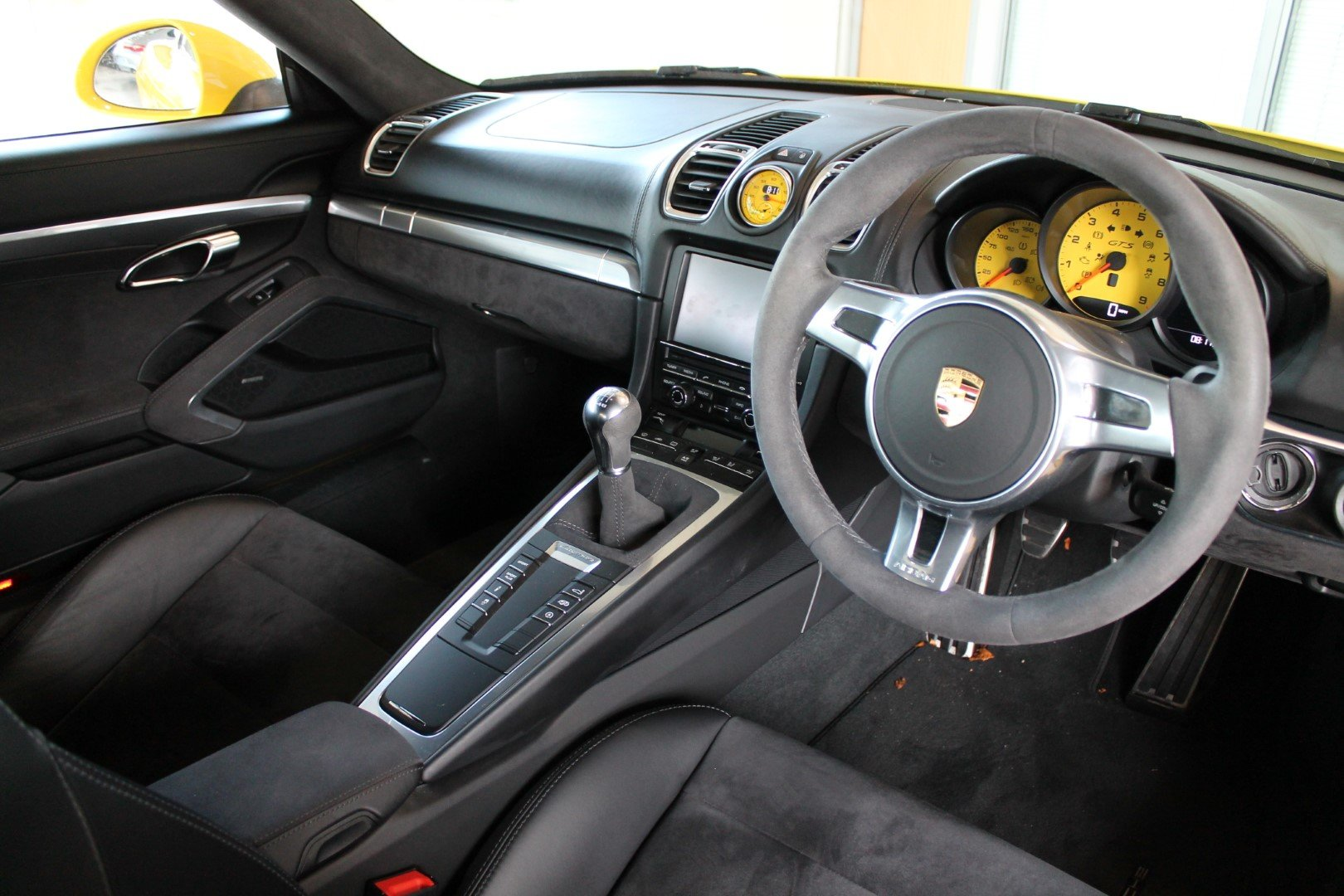 2016/16 Porsche Cayman (981) 3.4 GTS Manual For Sale (picture 5 of 6)