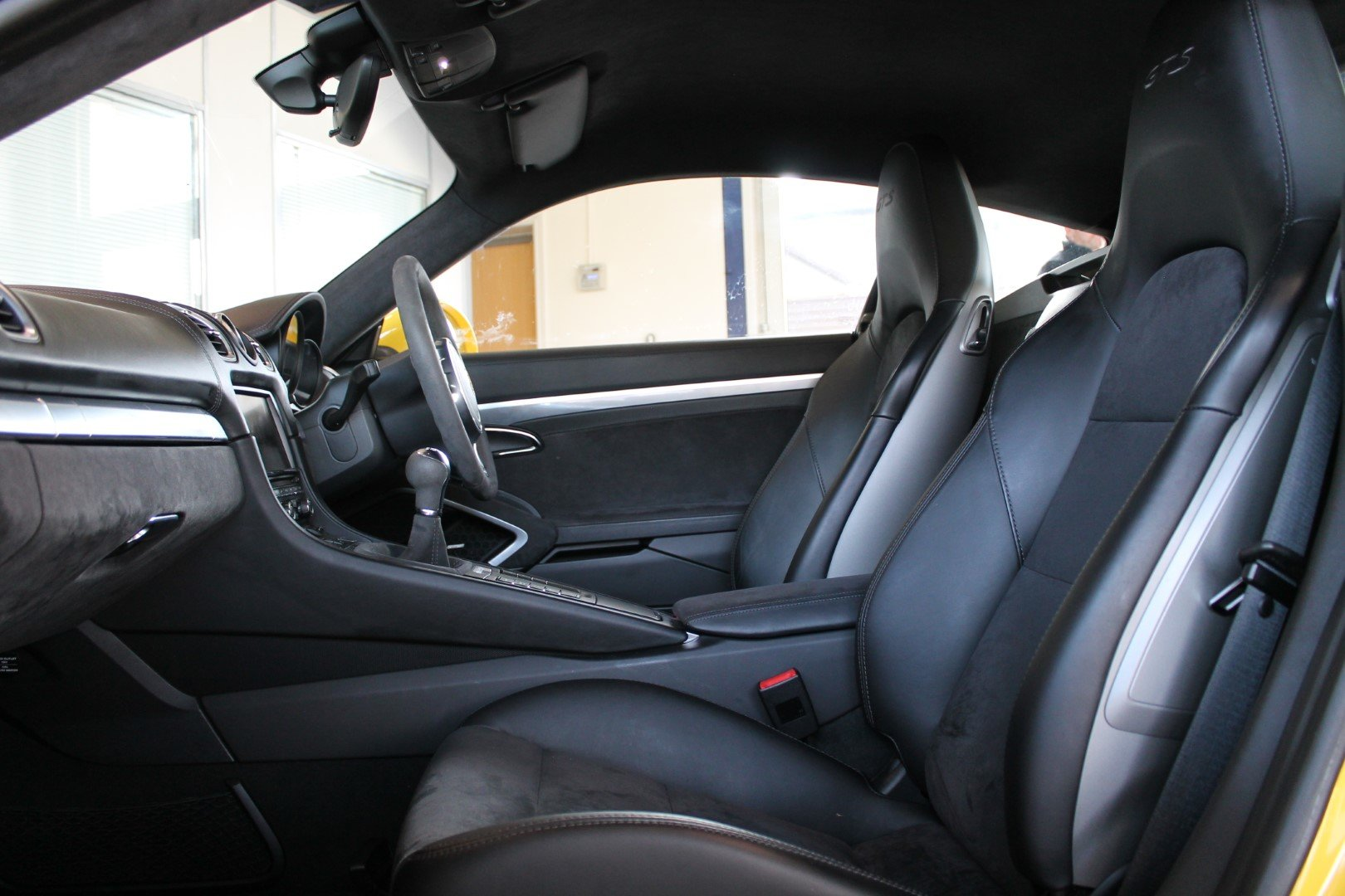 2016/16 Porsche Cayman (981) 3.4 GTS Manual For Sale (picture 6 of 6)