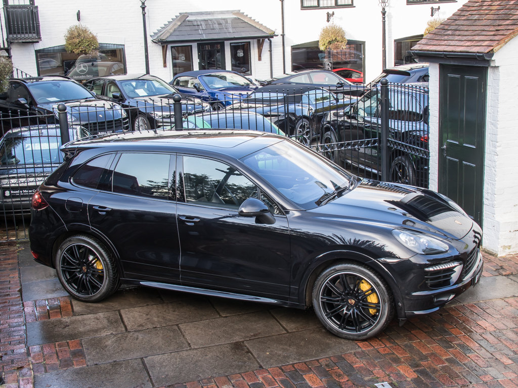 2014 Porsche    Cayenne GTS For Sale (picture 8 of 18)