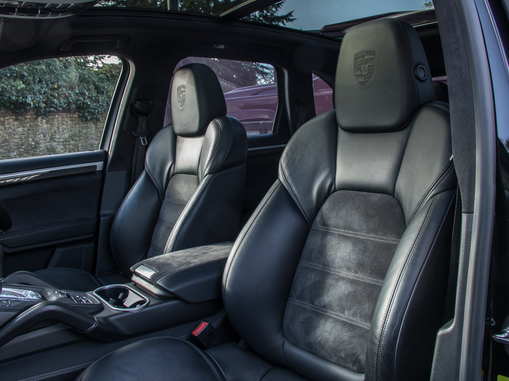 2014 Porsche    Cayenne GTS For Sale (picture 14 of 18)