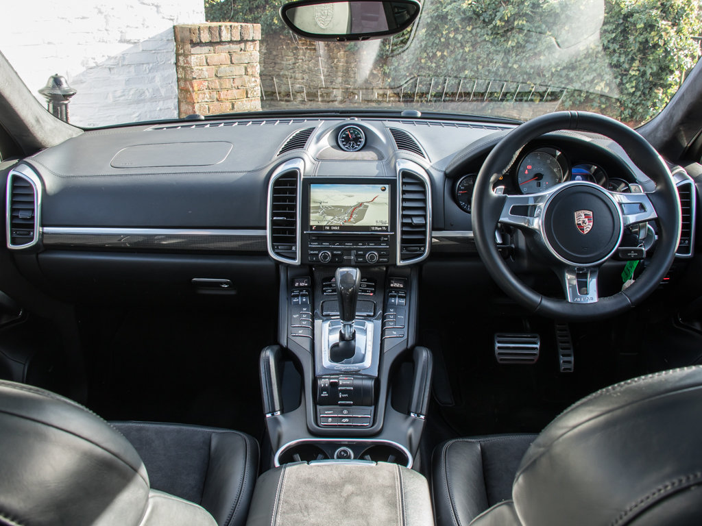 2014 Porsche    Cayenne GTS For Sale (picture 16 of 18)