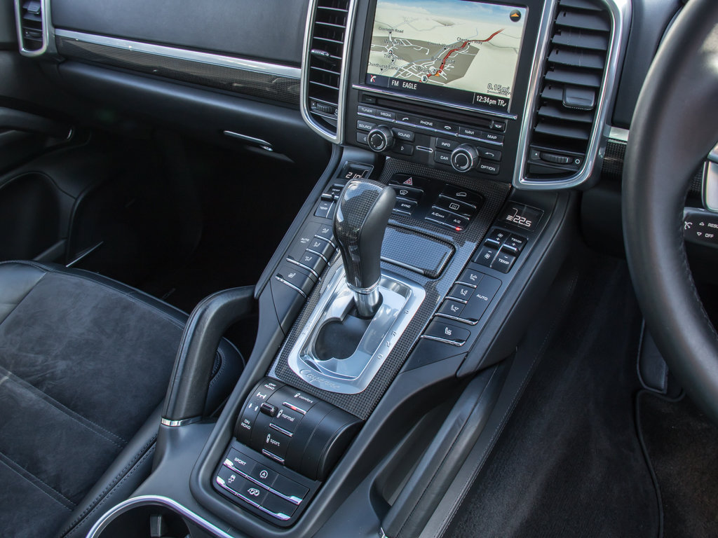 2014 Porsche    Cayenne GTS For Sale (picture 17 of 18)