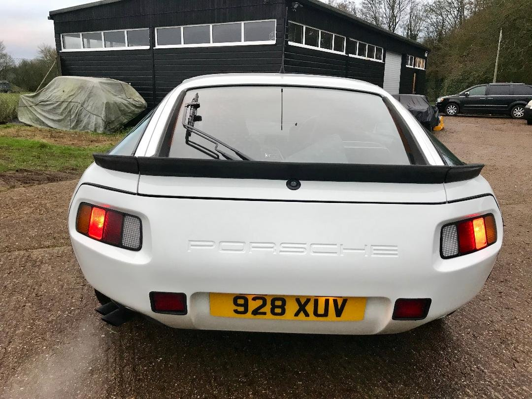 1986 Porsche 928 S ONLY 96,000MILES, huge Service History File ! For Sale (picture 11 of 11)