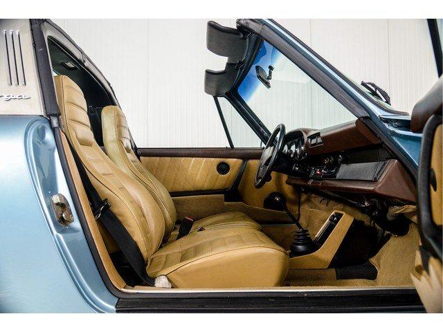 1982 Porsche 911 3.0 SC Targa For Sale (picture 5 of 6)